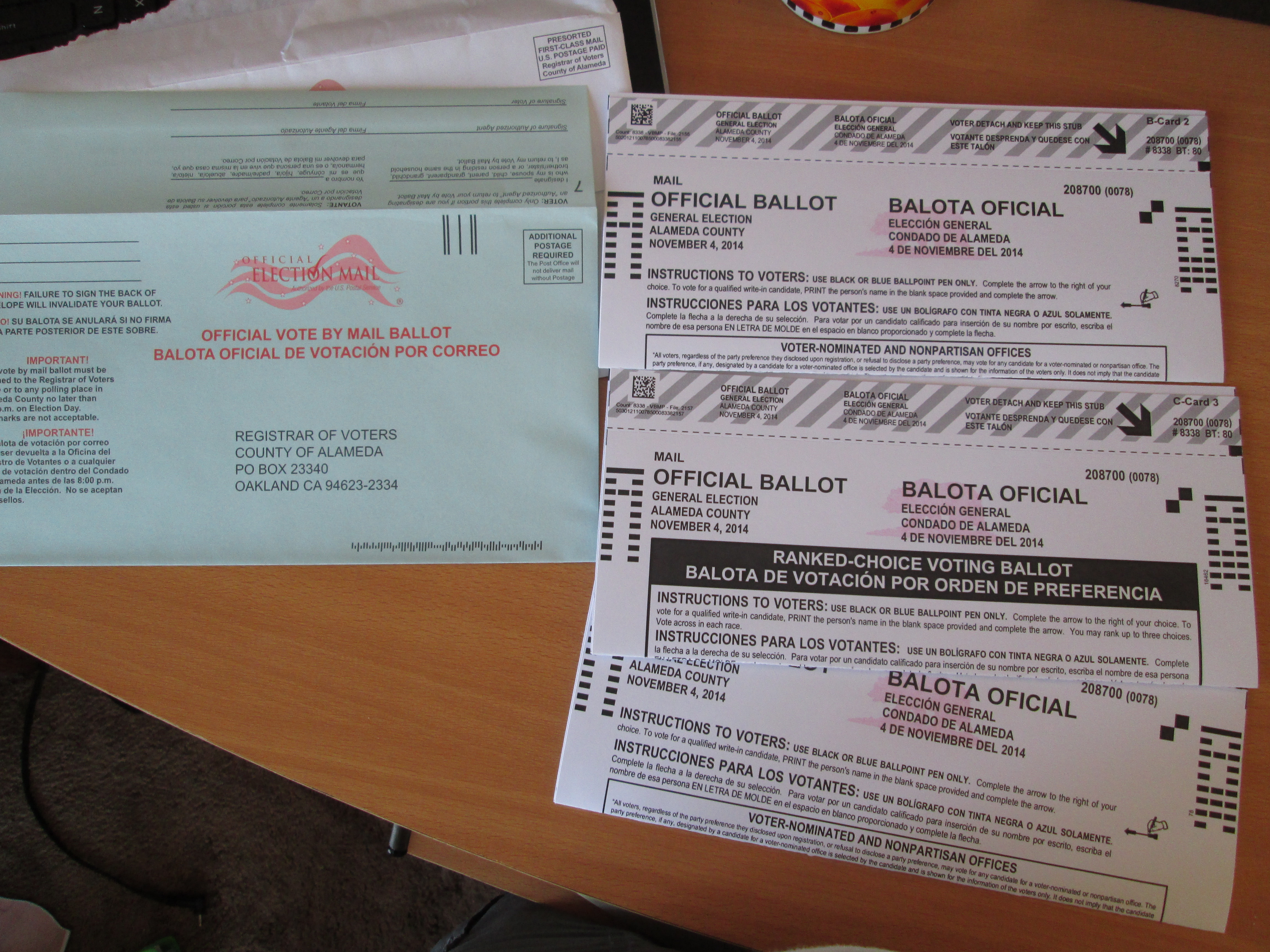 absentee ballot The division of elections facilitates coordination and interpretation of election laws and establishes uniform standards to ensure fair and accurate elections in florida.